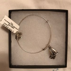 NWT Alex and Ani Sailboat Bracelet